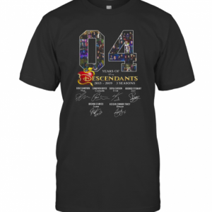 04 Years Of Descendants 2015 2019 3 Seasons Signature T-Shirt Classic Men's T-shirt