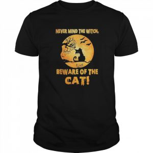 Never Mind The Witch Beware Of The Cat  Classic Men's T-shirt